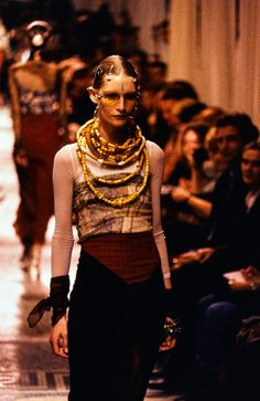 Jean Paul Gaultier Spring 1994 Ready-to-Wear Fashion Show - Kirsten Owen (OUI)