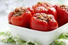 Diyet dolma tarifi... Az kalorili bu diyet yemeğine mutfaklarınızda yer verin. http://www.hurriyetaile.com/yemek-tarifleri/diyet-tarifler/diyet-dolma-tarifi_1916.html