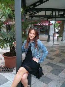 The Daily of Sara: Stop pression, bonjour Vacances! Bomber Jacket, Denim, Jackets, Fashion, Bonjour, Down Jackets, Moda, Fashion Styles, Jacket