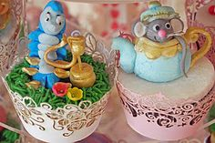 My final offering for 2011 is another Alice in Wonderland cake with a matching cupcake tower, all of which are topped with popular charact. Alice In Wonderland Cupcakes, Character Cakes, Dairy Free, Gluten Free, Free Food, Cake Ideas, Free Recipes, Birthday Ideas, Desserts