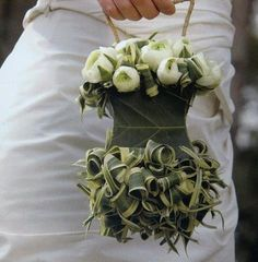 .  This is a wedding flower option I have not seen before.    From Rosalia Casas