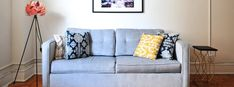 If you dream of a clutter-free home but have no idea where to start, then try one of these 25 10 minute decluttering tasks. You'll be taking the first step towards a clutter-free home! Bed With Underbed, Emotional Clutter, Coffee Stain Removal, Clutter Free Home, Declutter Your Life, Make A Plan, Lounge, Coffee Staining, Coffee Table With Storage