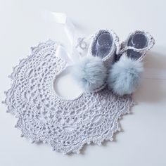 Baby lace bib, crochet bib for christening baby. Baby accessories for weddings, baptism and celebrations