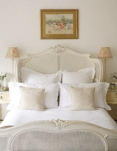 Simple Guest bedroom