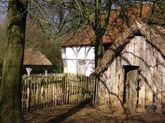 Cadwen, piccolo villaggio a poche miglia a sud da Germalias. Si tratta di un insediamento rurale importante per gli approvigionamenti del marchesato.