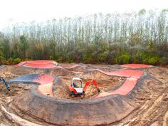 ûber cool Pumptrack by Dirt Builders