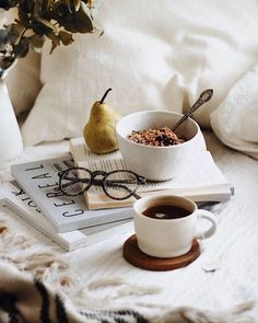 Life-changing books that will improve your life sooner than you expect. #books #lifechangingbooks #empowerment #selfdevelopment #selfdevelopmentbooks #goodbooks Best Coffee Shop, Coffee Love, Coffee Break, Coffee Coffee, Drink Coffee, Coffee Shops, Flatlay Instagram, Fall Inspiration, Indoor Crafts