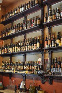 la venencia calle echegaray - Buscar con Google Spanish Wine, Liquor Cabinet, Madrid, Google, Home Decor, Wine, Street, Decoration Home, Interior Design
