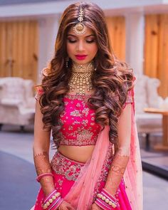 Brides Who Slayed Open Hairstyle On Their Wedding Day Wedding Reception Hairstyles, Bridal Hairstyle Indian Wedding, Indian Wedding Hairstyles, Indian Bride Hair, Indian Wedding Makeup, Bridal Hairdo, Open Hairstyles, Bride Hairstyles, Simple Hairstyles