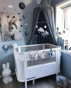 Baby Boy Nursery Room İdeas 179792210110802567 - Nursery Trends for 2019 – by Kids Interiors Source by karinlev Baby Bedroom, Baby Boy Rooms, Baby Room Decor, Baby Boy Nurseries, Nursery Room, Nursery Decor, Cottage Nursery, Bedroom Decor, Diy Kids Room