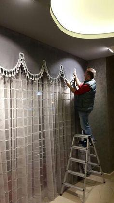 Window Coverings, Window Treatments, Rideaux Design, Unique Curtains, Pelmets, Beautiful Homes, House Beautiful, Curtain Designs, Window Curtains