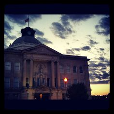 Boone County courthouse and a night sky in Lebanon, Indiana