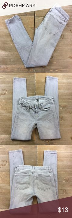 GAP Super Skinny Jeans Light grey Super Skinny jeans from GAP GAP Jeans Skinny