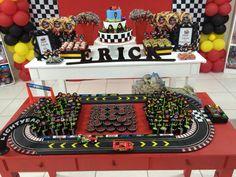 Car birthday table