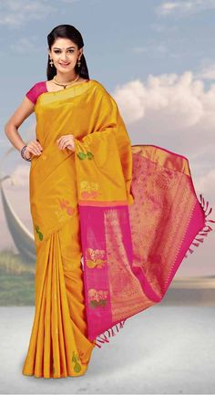 Find the gorgeous saree at our online store at Tajonline.com. Get flat 15% off on minimum order value INR 2000. Apply code sareesalex9y. Offer valid until 30 June 2017. Hurry up!  For more information click here: http://www.tajonline.com/gifts-to-india/gifts-AKE1661.html