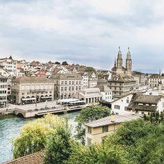 Zürich  von @traveltipster    #zurich_switzerland #ig_zurich #mustbezurich #switzerland #topswitzerlandphoto #topeuropephoto #visitswitzerland #visiteurope #switzerland_bestpix #switzerlandpictures #switzerland_vacations #europe_vacations #inlovewithswitzerland #super_switzerland #bestvacations...