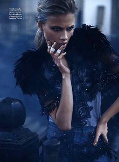 Anna Selezneva by Mario Sierra for Elle Spain