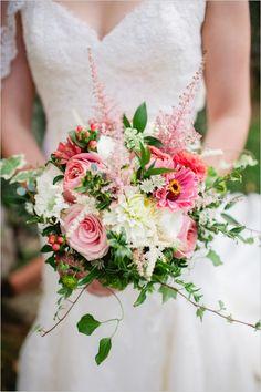 pink and white wedding bouquet #bride #bouquet #weddingchicks http://www.weddingchicks.com/2014/03/20/dainty-wedding-with-pops-of-pink/