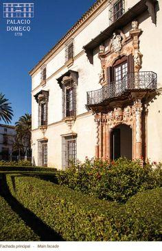 Fachada principal del Palacio Domecq en Jerez de la Frontera.  http://www.PalacioDomecq.com #PalacioDomecq #Jerez #Palacio