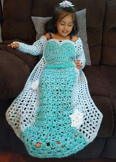 Crochet Pattern for Elsa Princess Dress Blanket at https://www.etsy.com/listing/545133793/princess-dress-blanket-crochet-princess
