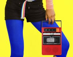 ThumbsUp iRecorder, a portable iPhone speaker that looks like an old-school tape recorder