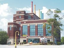 After a fun time at the Library check out Science Central, the kids will love it (and so will the adults).  Science Central mixes fun with an emphasis on science, technology, engineering and math.  Science Central | 1950 N. Clinton St., Fort Wayne, IN  46805 | Phone: 260.424.2400