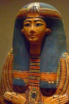 Henettawy Dynasty 21 early in the reign of Psusennes I 1039-991 BCE Thebes Deir el Bahri