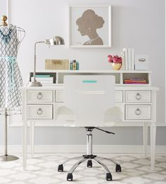 Inspiration comes easy when you've got a work space this pretty!