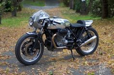 Cafe Racer Special: Moto Guzzi Mark 1 Le Mans by MACHINE