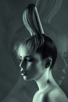 Hair/Coiffure: Sam James-Cockayne Makeup/Maquillage: Mandy Nash Photos: Haley Renee {igallery id=1967|cid=2149|pid=1|type=category|children=0|addlinks=0|tags=|limit=0} This AHFA Finalist collection is a reflection of contrasting textures and emotions....