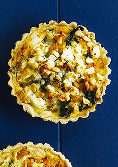 These individual squash, kale, caramelised onion and feta tarts are really easy to make but look impressive and are packed full of flavour. We love the salty feta with the sweet squash and onion.