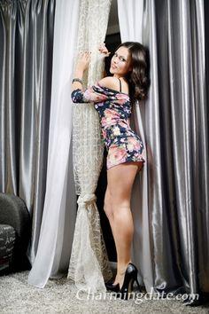 Hot Ukrainian Ladies:Julia_from_Luhansk_Ukraine - CharmDate.com