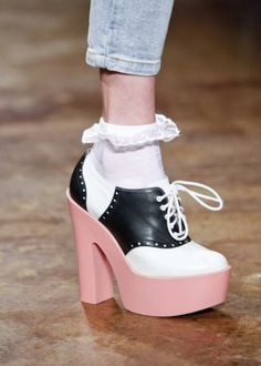 OMGosh maybe I wouldn't have hated wearing saddle shoes as a kid if they were these!!! :)