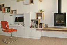 Wandkast met geïntegreerd bureau | voorbinnen New Homes, Home And Living, Furniture, Interior, Study Room, Bedroom Storage, Home Furniture, Corner Desk, Home Decor