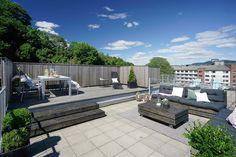 (31) FINN – Fredensborg - Meget lekker 2-roms toppleilighet med heis, privat takterrasse på ca. 44 kvm, sydvendt balkong og nytt kjøkken