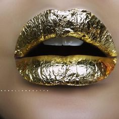 MAJOR lip lust!! Obsessed with this opulent gold-leaf lip by @rebellebeautyx!!! #LOVE your divine #Gold001 inspiration ⚡️⚡️⚡️