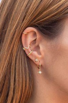 Dainty pyramid tips Shell ear cuff earrings - Dainty pyramids . - Dainty pyramid tips of shell ear cuff earrings – Dainty pyramid tips of shell ear cuff earrings Tragus Piercings, Pretty Ear Piercings, Ear Piercings Chart, Ear Peircings, Piercing Chart, Ear Cuff Piercing, Multiple Ear Piercings, Piercings For Small Ears, Different Ear Piercings