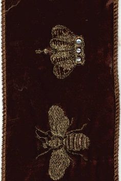 brown velvet, gold back, gold bee w/crown