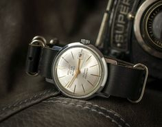 Poljot montre De Luxe fabriqué en USSRm 1 MChZ KIROVA Ultra