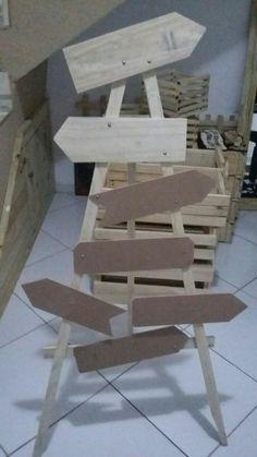 Cavalete para decoração festa!! Feito com sobras mdf e madeira paletes!!
