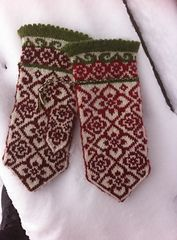 Ravelry: Elly mittens pattern by JennyPenny Crochet Mitts, Knitted Mittens Pattern, Fair Isle Knitting Patterns, Knit Mittens, Knitted Gloves, Knitting Socks, Knitting Designs, Knit Crochet, Knitting Tutorials