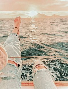 VSCO is a creative channel. Beach Aesthetic, Aesthetic Images, Aesthetic Collage, Summer Aesthetic, Aesthetic Backgrounds, Travel Aesthetic, Aesthetic Photo, Aesthetic Wallpapers, Look Wallpaper
