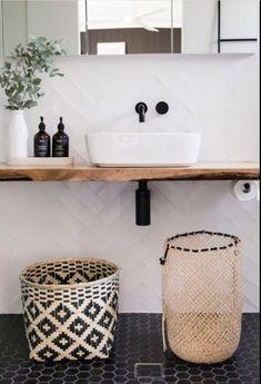 Bad Inspiration, Bathroom Inspiration, Interior Inspiration, Bathroom Interior Design, Home Interior, Interior Modern, Minimalist Interior, Laundry In Bathroom, Kmart Bathroom