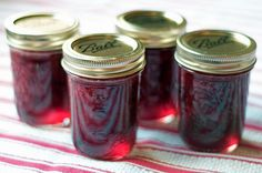 Strawberry jam with balsamic and black pepper