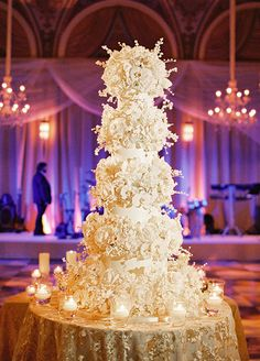 No celebration is complete without a fabulous wedding cake! Stunning creations by The Breakers Cake Shop...