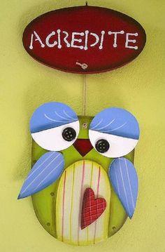 Placa de Coruja em MDF com acabamento em pintura country. R$35,00
