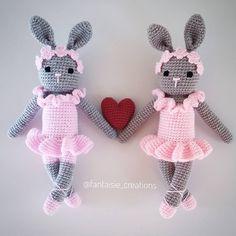 💟 Πλεκτά κουνελάκια💟 Ειναι διαθέσιμα στο www.jamjar.gr/store/fantaisie #crochetbunny #ballerinabunny #crochet #crochetdoll #crochetdolls…