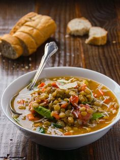 Making this for dinner tonight: Spinach & Lentil Soup Recipe - Vegan & gluten free soup with green lentils, spinach & diced tomatoes. Perfect for Meatless Mondays. Vegetarian Soup, Vegan Soups, Vegetarian Recipes, Healthy Recipes, Healthy Meals, Free Recipes, Spinach Lentil Soup, Lentil Soup Recipes, Whole Food Recipes