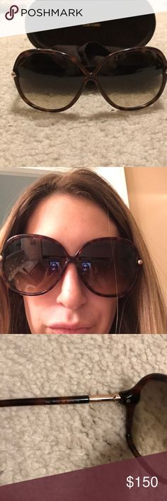 Tom ford oversized tortoise shell frame sunglasses Like new classic tom ford oversized oval/round with tortoise shell frame and gradient lenses-barely see through...for anyone who loves big sunglasses you can't go wrong with these classic shaped sunglasses style is tf224 52f Tom Ford Accessories Sunglasses