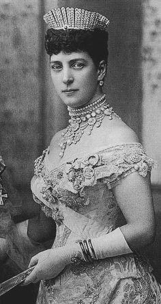 Alexandra wearing kokoshnik tiara